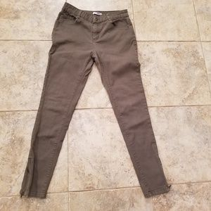 Bongo Good Condition Stretchy Skinny Zipper Jeans